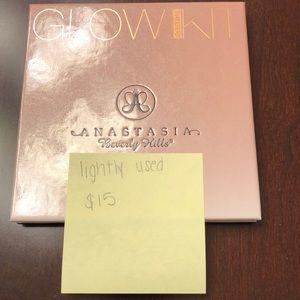 Anastasia Beverly Hills 'That Glow' Glow Kit